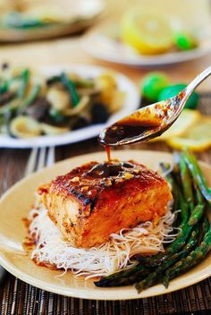 Asian glazed salmon with rice noodles and asparagus
