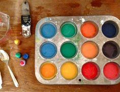 corn starch + food coloring + water = chalk paint