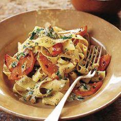 Pasta con calabaza y nueces #recipes #cuisine