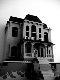 psycho house in lego