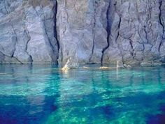Google Image Result for http://www.aeolischeinseln.ch/images/inseln_photo/Panarea/mare_1pag.jpg