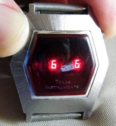 Vintage bulova drivers led digital n6 watch