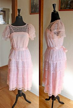 Vintage 1970s Made in California Pink Lace by VarietyVintagebyALD, $28.50
