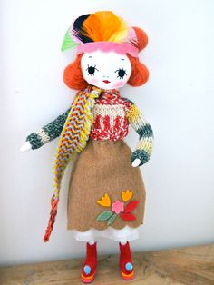 Jess Quinn - Hand crafted art doll cloth pose doll