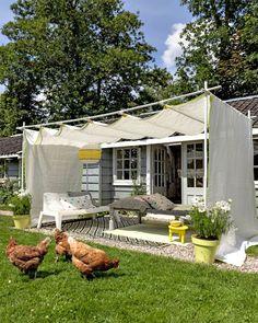 sistema libre de sombra permanente para el patio . Mira otros ejemplos con direcciones similares del sistema como éste es en holandés