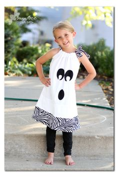 DIY- Ghost pillowcase dress. Cute! Using the same concept, this looks like it would be easy to turn it into a pumpkin/jack-o-lantern dress by changing the fabric color to orange! So cute!