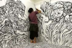 Yosuke Goda makes drawings on walls with only a marker.
