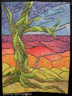 Windy Point by Krista Zeghers.  Quilt Arizona!  2016. Photo by Quilt Inspiration.