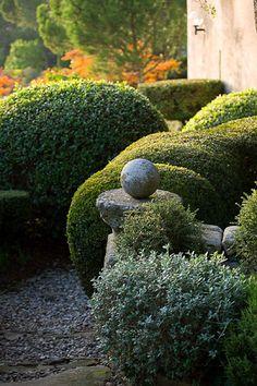 Nicole de Vesian Provencal garden