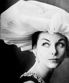 Anne St. Marie, photo Irving Penn, Vogue 1957