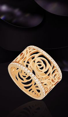 Chanel 18k wide band pink gold & diamonds