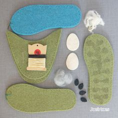 Joe's Toes - All the parts in the Boris Sheep slipper kit.