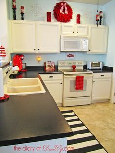 Rustoleum Countertop Paint Earth : Refinished kitchen countertops using Rust-oleum Countertop Coating by ...