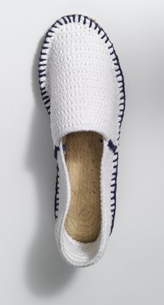 Espadrilles crocheted, for more inspiration click here: http://www.prymyourstyle.com/index_gb.html