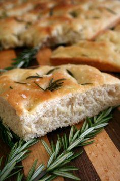 ... pane italia on Pinterest | Focaccia, Italian Bread Recipes and Breads