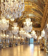 The hall of Mirrors - Palace of Versailles  where  the treaty of Versailles was signed - June 28, 1919,  sealing the end of the First World War. Since then, the presidents of the Republic of France continue to receive the official hosts of France here.