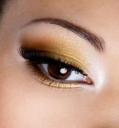 I LOVE gold eyeshadow!