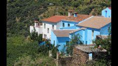 Juzcar, pueblo pitufo de España en la provincia de Málaga.