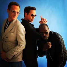 Wow, the #Marvel angels really are a #Vision. Solid pose and pic, @robertdowneyjr!