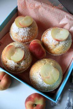 Sour Cream & Donut Peach Cupcakes