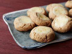 New York Cheesecake Cookies recipe from Sandra Lee via Food Network