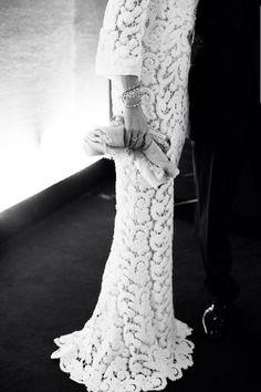 -Chic white lace dress-