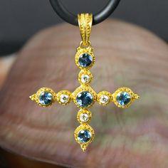 Solid 22K GOLD Cross PENDANT 1.55 ct Rare AQUAMARINE Gemstones & Diamond