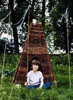 Fun twig garden playhouse