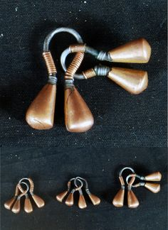 Kenya | Earrings from the Maasai people | Copper and iron | Late 19th to early 20th century | 95$ each