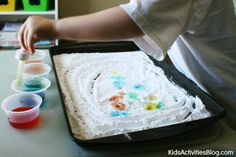 Baking Soda and Vinegar fun...with fizz! Some super cute kids activities using these simple kitchen ingredients.
