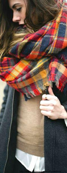 tartan scarf <3