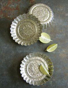 Bakerex Crownware Pan Vintage Textured Tin Metal Baking