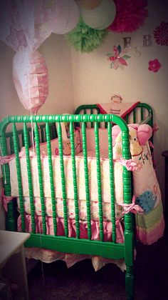 They make green Jenny Lind cribs?