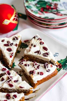 Copycat Starbucks Cranberry Bliss Bars - Paleo version #grainfree #glutenfree #dairyfree #christmasmenu