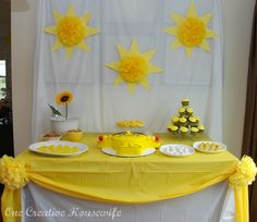 you are my sunshine birthday party theme | ... Housewife: Little Miss Sunshine Party {Part 1 Decorations and Favors