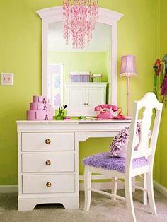Cute study desk for kids girls house decor pinterest for Cute vanity desk