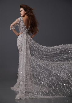 Personally I wouldn't get a dress like this but.. STUNNING!