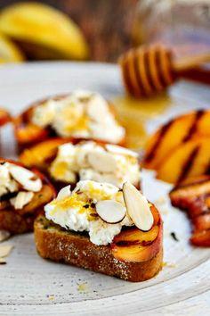 Bruschetta with Peaches, Lemon Ricotta and Honey - it will be your ...