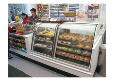 7-Eleven convenience store by Minale Tattersfield, via Flickr