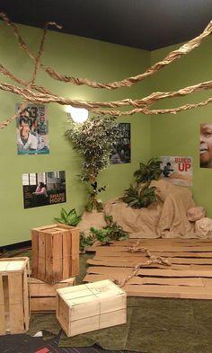 Indooroutdoor Carpet As A Jungle Floor Safari Where Kids Explore The Nature Of