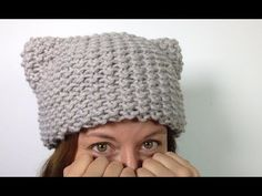 How to Loom Knit a Kitty Hat (Cat Ears Hat) [SUPER EASY] - DIY TUTORIAL - YouTube