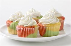Tie-Dye Fruity Cupcakes - make with white cake mix and jello!