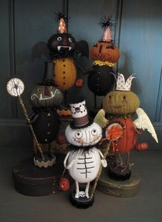 Folk Art halloween  www.yournestdesign.blogspot.com