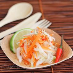 Asian Napa Cabbage Carrot Salad recipe from Jeanette's Healthy Living. #picnic12