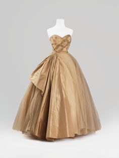 Evening dress, 1950s, from the collection of Alexandre Vassiliev, via Fripperies and Fobs.