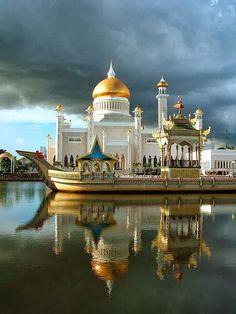 Reflections, Bandar Seri Begawan, Brunei