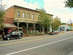 The Meeteetse Mercantile in Meeteetse, Wyoming