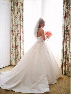amsale mackenzie | Amsale Mackenzie Size 2 Wedding Dress - OnceWed.com
