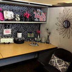 Ideas zen cubicle decor chic office spaces pinterest - Zen office decorating ideas ...