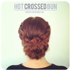 Hot Crossed Bun! supah cuuue